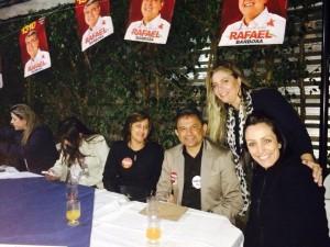 Pastor Delmo Menezes, ao lado da esposa Elza e de Patrícia Roriz, também prestigiaram o lançamento da candidatura de Cleide.